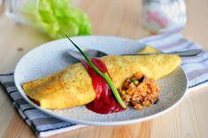 Trứng cuộn cơm chiên ngon miệng đủ chất cho bữa trưa - http://congthucmonngon.com/204267/trung-cuon-com-chien-ngon-mieng-du-chat-cho-bua-trua.html