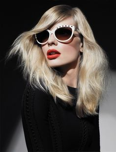 Beauty trend: the Hitchcock blonde reappears.-Wmag