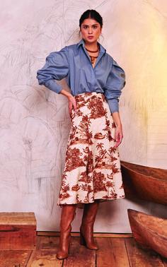 Get inspired and discover Johanna Ortiz trunkshow! Shop the latest Johanna Ortiz collection at Moda Operandi. Silk Midi Dress, Jacquard Dress, Cotton Gowns, Leather Midi Skirt, Fashion 2020, Luxury Fashion, Rock, Autumn Fashion, Style Inspiration