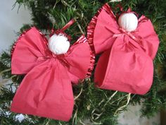 Red Angel Christmas Ornaments Red Paper Ribbon door SnowNoseCrafts, $6.50