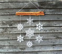 Christmas decoration - snowflakes mobile - Christmas home decor - snowflake and wood ornament