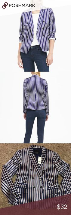 Banana Republic Blazer -NWT Striped Blazer  Size 6 Double breasted with a single-button to accentuate the waist Long sleeves with three-button cuffs Exterior pockets Center back vent- fully lined Banana Republic Jackets & Coats Blazers