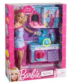 Discover the best selection of Barbie items at the official Barbie website. Shop for the latest Barbie toys, dolls, playsets, accessories and more today! Mattel Barbie, Mattel Shop, New Barbie Dolls, Barbie Clothes, Barbie Stuff, Toys R Us, Kids Toys, Barbie Playsets, Diy Barbie Furniture