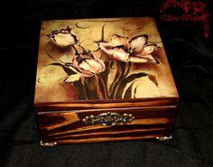 Exklusive Teebox Tea box / Schmuckbox Holz von UltroViolet auf Etsy, €20.00