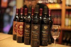 San antonio winery american cardinale sweet red vino for Wine painting san antonio