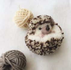 Crazy and wonderful pom pom art by Japanese artist Tsubasa Kuroda Cute Crafts, Diy And Crafts, Crafts For Kids, Preschool Crafts, Pom Pom Crafts, Yarn Crafts, Crochet Animals, Crochet Toys, Baby Knitting Patterns