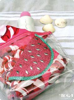 Pochette pastèque DIY Pot Holders, Sunglasses Case, Coin Purse, Wallet, Purses, Blog, Ideas, Crafts, Creativity