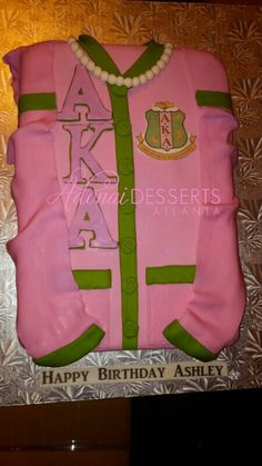 Alpha kappa alpha cake can I please get this for my birthday one year
