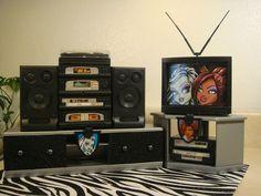 Monster High Barbie Size Entertainment Doll House Furniture 4 Bratz Moxie OOAK | eBay