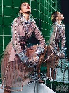 awesome Valentino | Tendência Transparência Primavera 2013 | Trenchcoat PVC