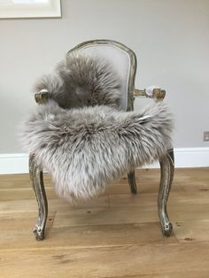 Pale Grey , Sheepskin Rug Throw. Unique! Superior Quality Australian  Sheepskin