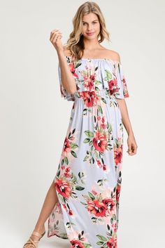 Shop Jess Lea Boutique Catherine Floral Maxi Dress #jessleaboutique #jesslea #jessleastyle #onlineboutique #Springstyle #springoutfit #summerstyle #summeroutfit #vacationstyle #vacationoutfit #brightcolors #springcolors #easyoutfit #bossbabe #momstyle #ootd #weekendoutfit #vacationoutfit Navy Floral Maxi Dress, Flowy Gown, Casual Outfits, Cute Outfits, Beautiful Maxi Dresses, Mom Style, Boutique Clothing, Spring Outfits, Bathing Suits