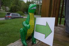 A Dinosaur Birthday Party for Kids - So Festive!