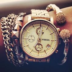 Like the watch and bracelets...