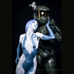 Still can't get over the detail @officialartisticurves put into this #cortana #bodypaint ! Thanks again to @master_chief_johnny_bravo for coming all the way to Canada to be my #masterchief ! #halo #halocosplay #masterchiefcosplay #cortanacosplay #cosplay #bodypaintcosplay #cosplayers #halofans