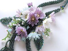 薄紫・白・水色小花のお花畑ネックレス   -   Flower garden necklace of purple, white and light blue floret