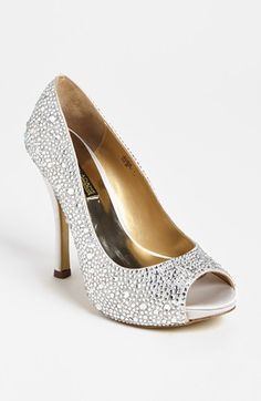 Bring me these in a 7 - 7.5 and I'll upgrade your Book a level ;) Benjamin Adams 'Athens' Pump available at #Nordstrom