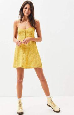 Volcom Womens Hey Bud Slim Fitting Off The Shoulder Dress
