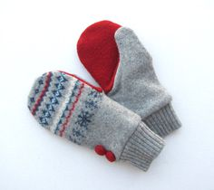 Want to make mittens like this out of an old sweater :)
