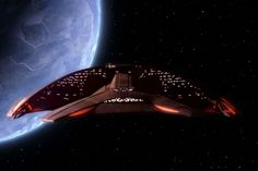 """The Ferengi Marauder (D'Kora-class) as first seen in the 1991 """"Peak Performance"""" episode of ST: The Next Generation."""