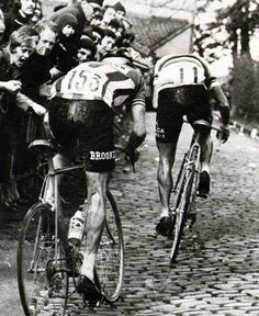 Roger De Vlaeminck containing a vicious attack from Freddy Maertens on the hardest bit of the climb
