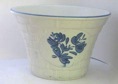 Pfaltzgraff Yorktowne USA BasketweavePlanter Pot - don't have this yet