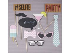 Are you interested in our photo booth kit * party games? With our party decorations * photobooth you need look no further. 21 Party, Party Props, Party Time, Ideas Party, Props Photobooth, Party Summer, 13th Birthday Parties, Birthday Box, Birthday Photos