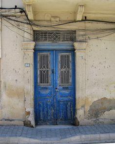 old doors | Old doors and buildings of Nicosia (1)