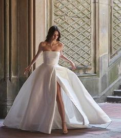 Best Christian Bridal Gowns Spotted On Real Brides For White Weddings! - - Check out these gorgeous brides who wore some of the most stunning Christian bridal gowns. Bridal wear inspirations and Christian wedding inspirations. Wedding Dress Trends, Dream Wedding Dresses, Bridal Dresses, Wedding Gowns, Bouquet Wedding, Wedding Nails, Non White Wedding Dresses, Weeding Dresses, Most Beautiful Wedding Dresses
