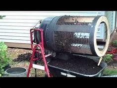 Compost trommel made from a barrel and an old cement mixer. I use this for screening leaf compost and dirt. Compost Diy, Leaf Compost, Garden Compost, Worm Composting, Gardening, Indoor Farming, Compost Tumbler, Brick Pathway, Diy Playground