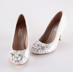 Handmade Ivory lace pearl wedding shoes party by Creativesugar