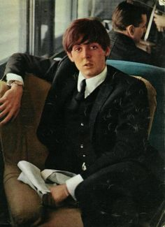 "Paul McCartney -- I wonder if this is on the TRAIN from Florida to WA DC. They were doing mondo PRESS/+Secret Rehearsals for SULLIVAN SHOW. In DC, they boarded the PAN AM plane. Do you recall there being ANYONE ELSE on it? Nope ;-) Privately rented, no doubt -- So it looked like the LADS flew from LONDON to the USA. It was always assumed their ""Landing"" was the first time in USA! There NEVER was ANY Info regarding the Beatles in Florida; nor flying from WA DC to NYC (not from LONDON!)"
