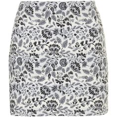 TOPSHOP Folk Floral Pelmet Skirt (56 AUD) ❤ liked on Polyvore featuring skirts, faldas, saias, bottoms, grey, high-waist skirt, grey high waisted skirt, floral skirt, high waisted floral skirt and floral printed skirt