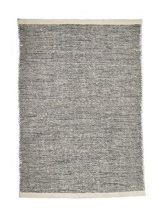 Linie Design Asko-villamatto | Matot | Sisustus | Koti | Stockmann.com Carpet Design, Rugs On Carpet, Carpets, Koti, Furniture, Home Decor, Decoration, Products, Simple Lines