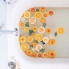 Addicted to beautiful bathrooms, gorgeous products, and pampering self care? We have a Facebook group for you! Formulary 55's Bathtub…
