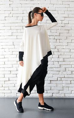 992f287632c SALE 20% Asymmetric Maxi White Top   White Oversize Tunic Dress   White and  Black Blouse   Plus Size Line Dress with Long Sleeves by METAMOR