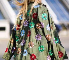 Fashion Week in Paris, Spring-Summer 2017: street style.  Part 1