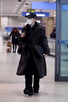 G-Dragon | Incheon Airport (160128)
