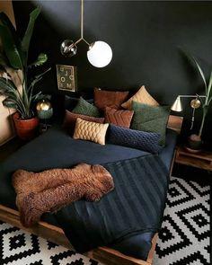 Super stylish and inspiring neutral living room designs Room Ideas Bedroom, Home Decor Bedroom, Dark Home Decor, Decor Room, Design Bedroom, Bedroom Colors, Entryway Decor, Bohemian Bedroom Decor, Hippie Bedrooms