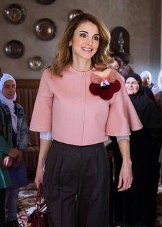 She is sooooo graceful!! 20 March 2017 - Queen Rania celebrates mother's day - jacket by Fendi