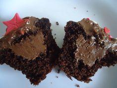 Mmmmmm... - Cupcake de chocolate! #cupcakes #women