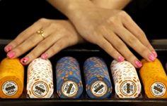 In den vergangenen Jahren hat die Glücksspielinsel Macau einen enormen Boom erlebt. Die Umsätze stiegen beinahe unaufhörlich und so kam es auch, das Macau der Glücksspielmetropole Las Vegas im Laufe der vergangenen Zeit den Rang ablief.