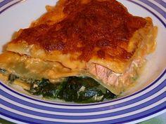 Lachs-Lasagne mit Spinat, ein leckeres Rezept aus der Kategorie Fisch. Bewertungen: 843. Durchschnitt: Ø 4,5.