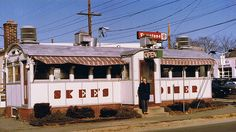 Skee's Diner, Torrington, CT, Jan. 1993    Skee's, a very old O'Mahoney diner, as it looked in better days. At the time in 1993, it was still open and my grandmother and I drove out there for lunch. Today the diner sits vacant and forlorn on the same street corner. I heard that the city plans to move it to a commuter parking lot and use it as an information center--that's better than demolishing it, but I would still rather see it get used as a restaurant again.