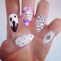 cute for october ! minus the middle finger on the pinky -_-