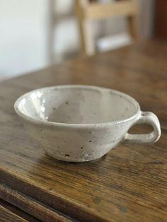 野粉引スープカップ 残少 - 器と暮らしの道具 OLIOLI