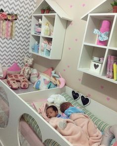 Saved for wallpaper ideas in Ava's room Baby Bedroom, Baby Room Decor, Room Decor Bedroom, Girls Bedroom, Room Paint Colors, Little Girl Rooms, Kid Beds, Kids Room, Decoration