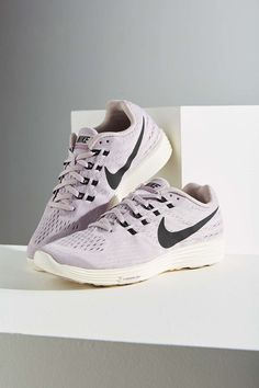 Nike Lunartempo 2 Sneaker || must have workout accessory
