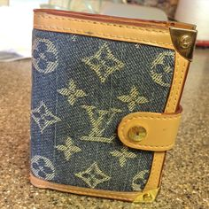 Newest find!! $10 pre loved LOUIS VUITTON (possible replica?) wallet in denim in EXCELLENT condition!