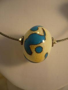 31B Collier 5 perles ivoire et turquoise detail | Flickr: partage de photos!